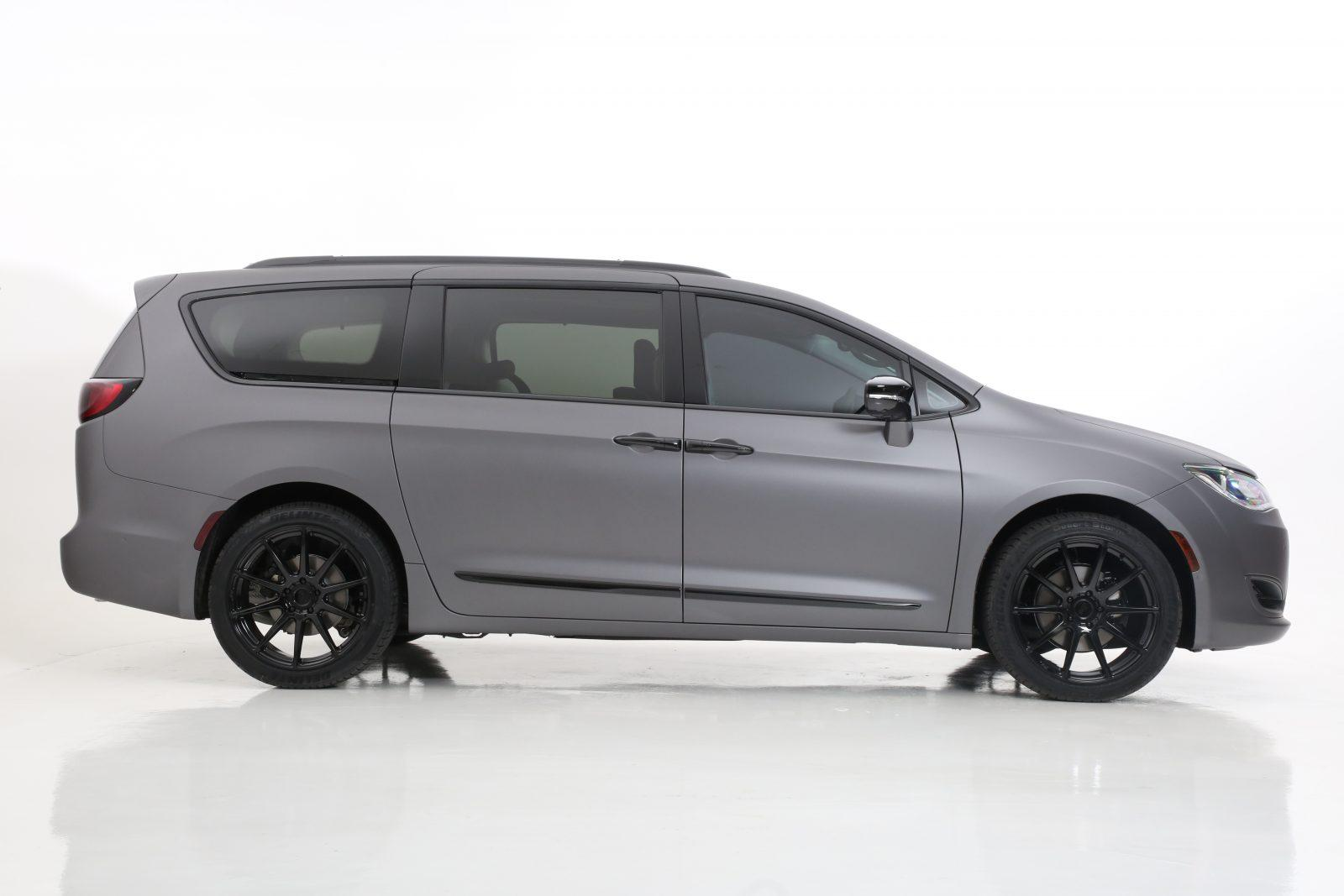 2018 Chrysler Pacifica Minivan Blackout Package By All Star Motorsports