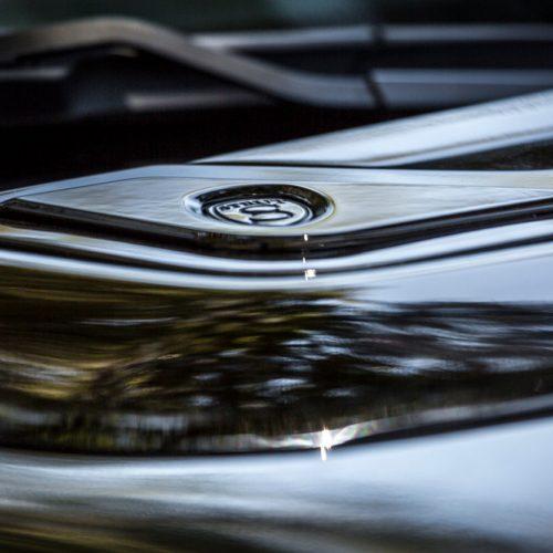 Range Rover Fiber Glass Hood Vent
