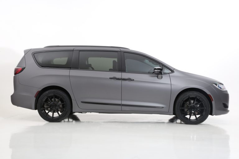 CHRYSLER PACIFICA BLACKOUT PACKAGES