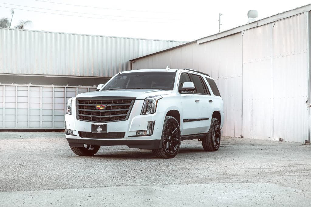 CADILLAC ESCALADE WHITE BLACKOUT PACKAGES